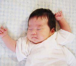 赤ちゃんに「うるさいな、泣くなよ!!!」って言って自己嫌悪して。
