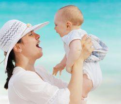産後、腕が太くなるのは〇〇のせい?